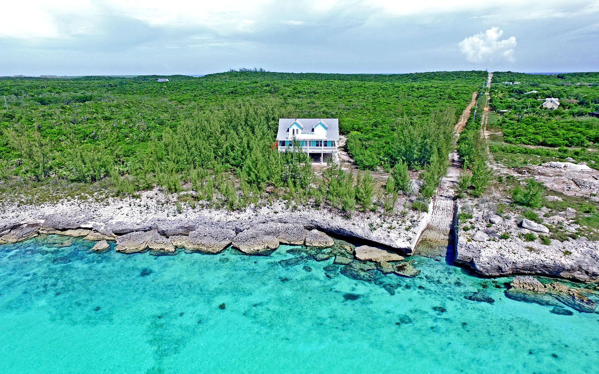 Casa Unifamiliar por un Venta en Luna Sea, Waterfront Island Home, Savannah Sound - MLS 28624 Savannah Sound, Eleuthera, Bahamas