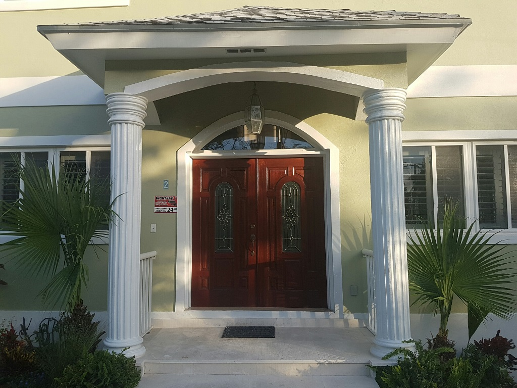 Single Family Home for Sale at Two-storey house with cottage on Eastern Road Nassau And Paradise Island, Bahamas