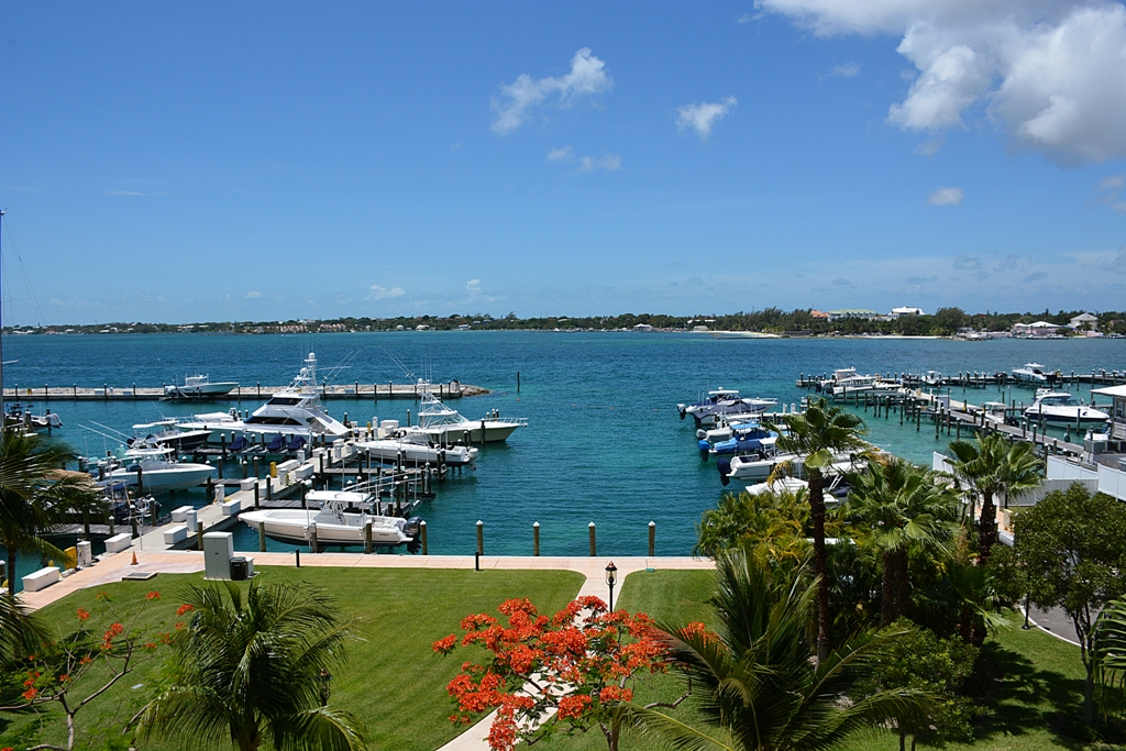 Condominium for Sale at Chic Apartment at the Ocean Club Residences - MLS 27619 Nassau New Providence And Vicinity