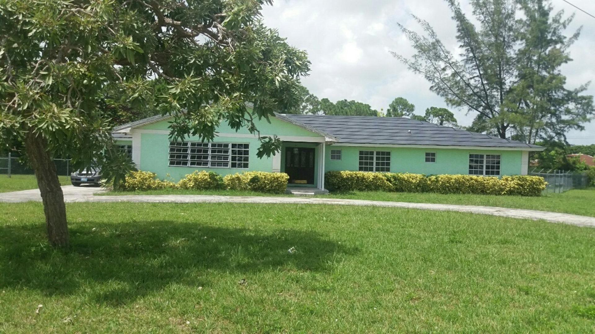 Single Family Home for Sale at Beautiful Home In Royal Bahamian Estates - MLS 27793 Royal Bahamian Estates, Grand Bahama, Bahamas