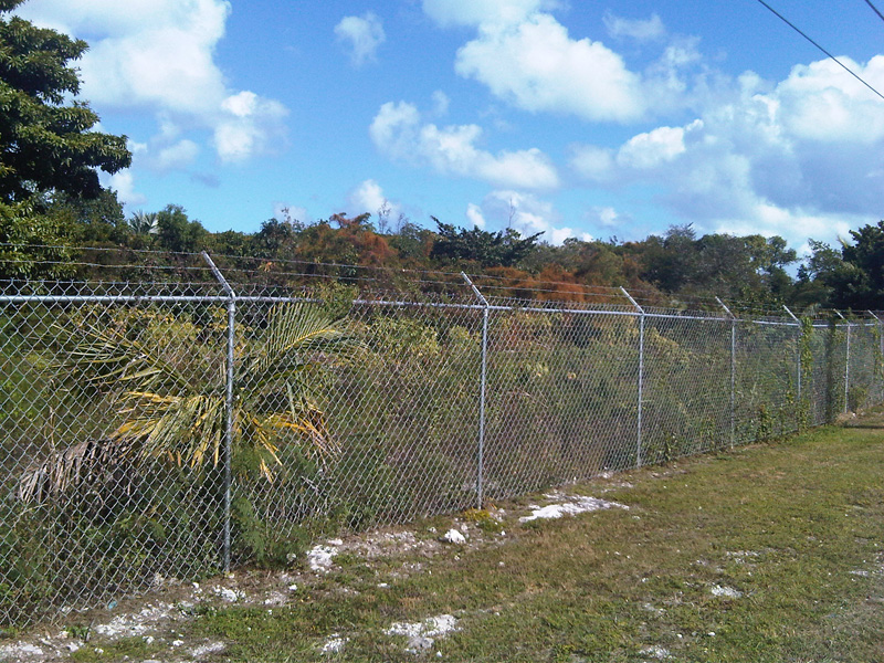 γη / παρτίδα για την Πώληση στο Double Commercial Lot Prince Charles Drive - MLS 27754 Nassau New Providence And Vicinity