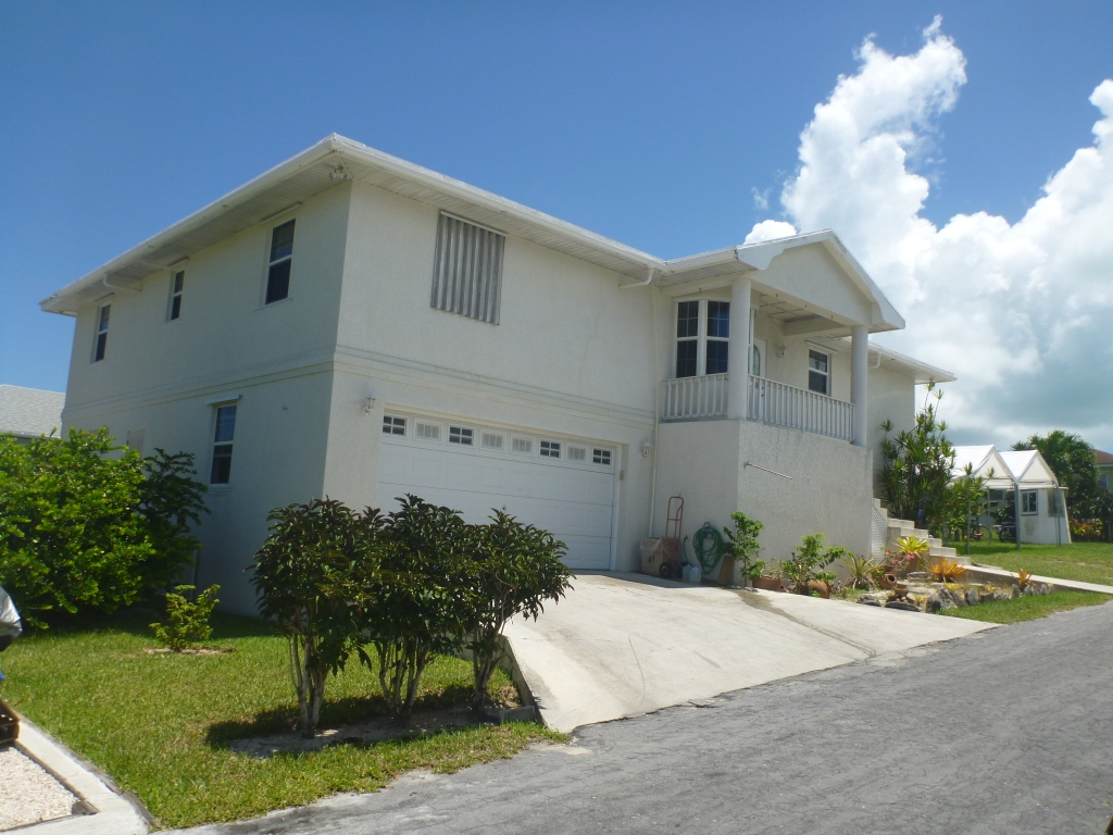 Single Family Home for Sale at Home With Great Income Possibilities Spanish Wells Spanish Wells, Eleuthera, Bahamas
