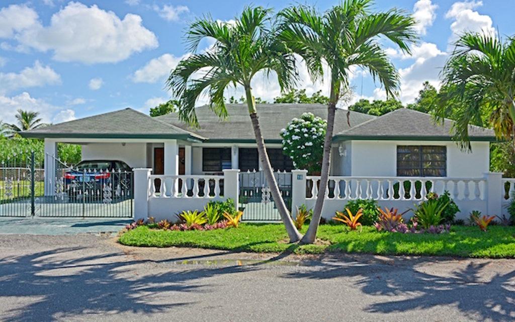 Single Family Home for Sale at Immaculate Monastery Park Home Nassau And Paradise Island, Bahamas