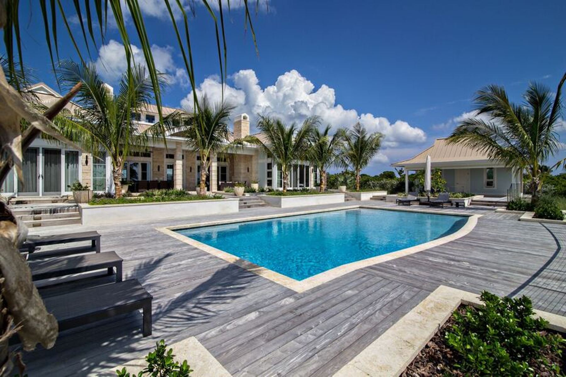 Single Family Home for Sale at Enchanting Home Located At The Abaco Club on Winding Bay (MLS 27799) Winding Bay, Abaco, Bahamas