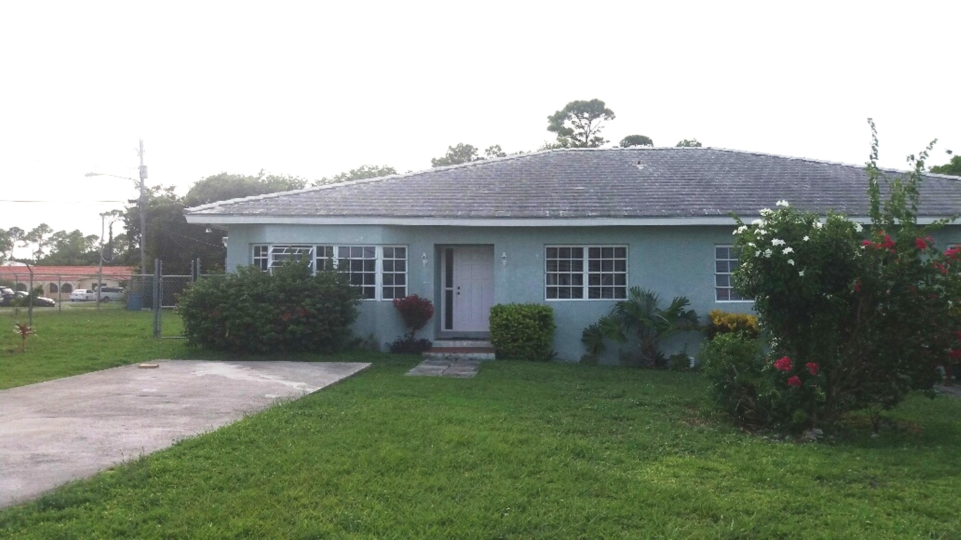 Multi Family for Sale at Excellent Duplex Investment Opportunity Fortune Point, Grand Bahama, Bahamas