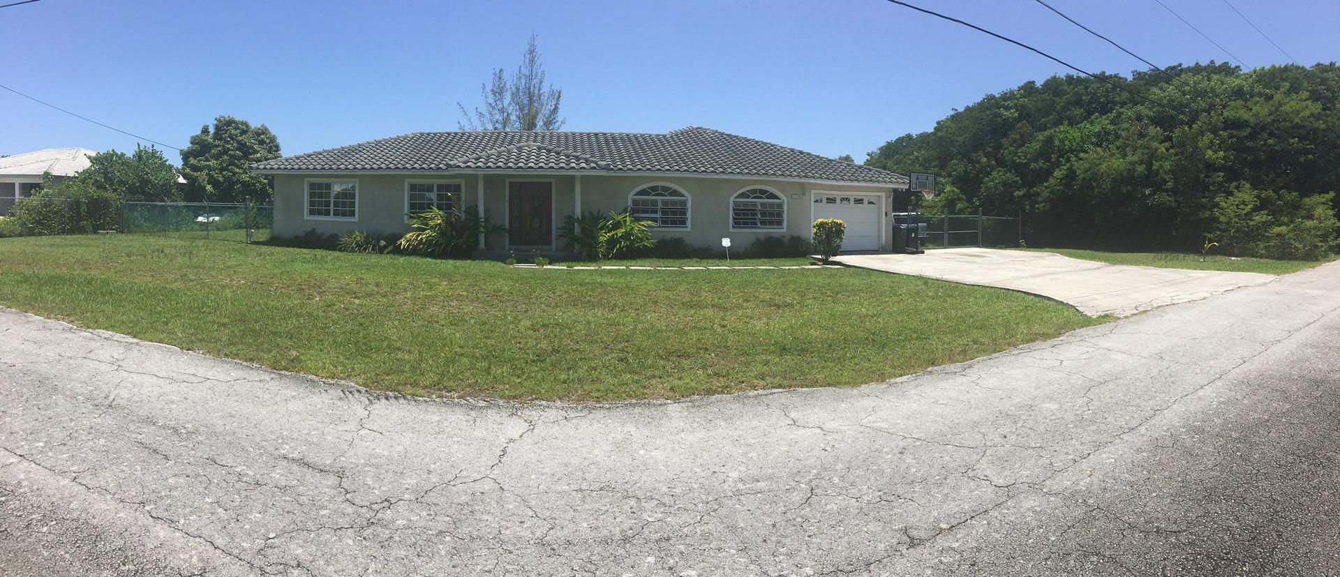 Single Family Home for Sale at Beautiful Home In Royal Bahamian Estates - MLS 27953 Royal Bahamian Estates, Grand Bahama, Bahamas