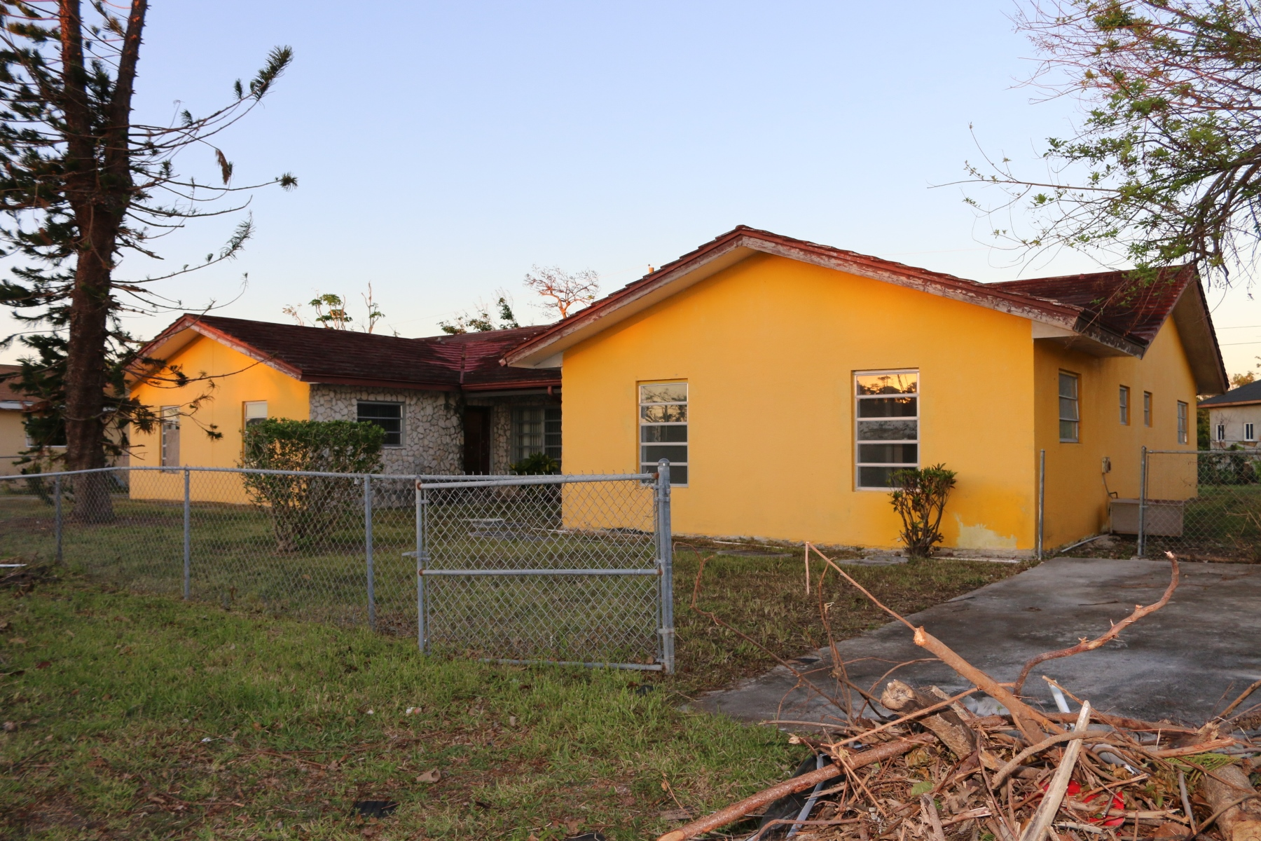 Multi Family for Sale at Great Duplex Project in Prime Location - MLS 28939 Seahorse Village, Grand Bahama, Bahamas