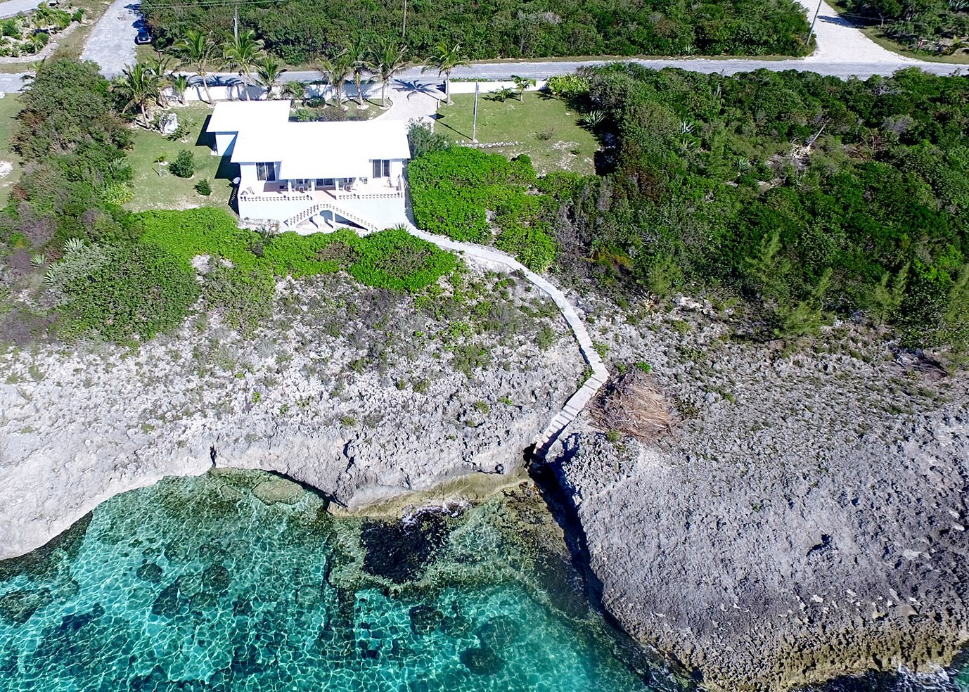 Single Family Home for Sale at Beautiful island home in Rainbow Bay, Eleuthera MLS 28965 Rainbow Bay, Eleuthera, Bahamas