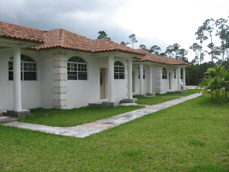 Commercial for Sale at Income Producing Complex -MLS 28924 Bahamia, Grand Bahama, Bahamas