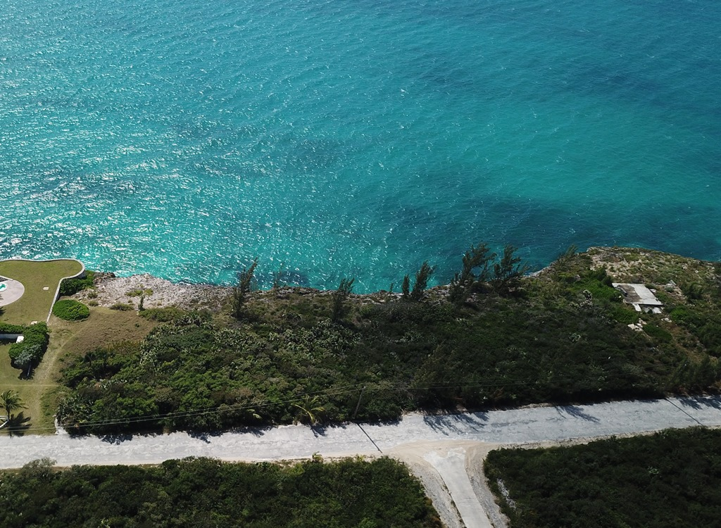 Land for Sale at Elevated Waterfront Lot - Most Desirable Area of Rainbow Bay - MLS 32744 Rainbow Bay, Eleuthera, Bahamas