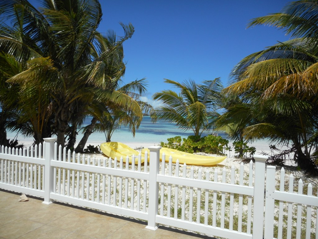 Single Family Home for Sale at Spanish Wells Beach House Spanish Wells, Eleuthera, Bahamas
