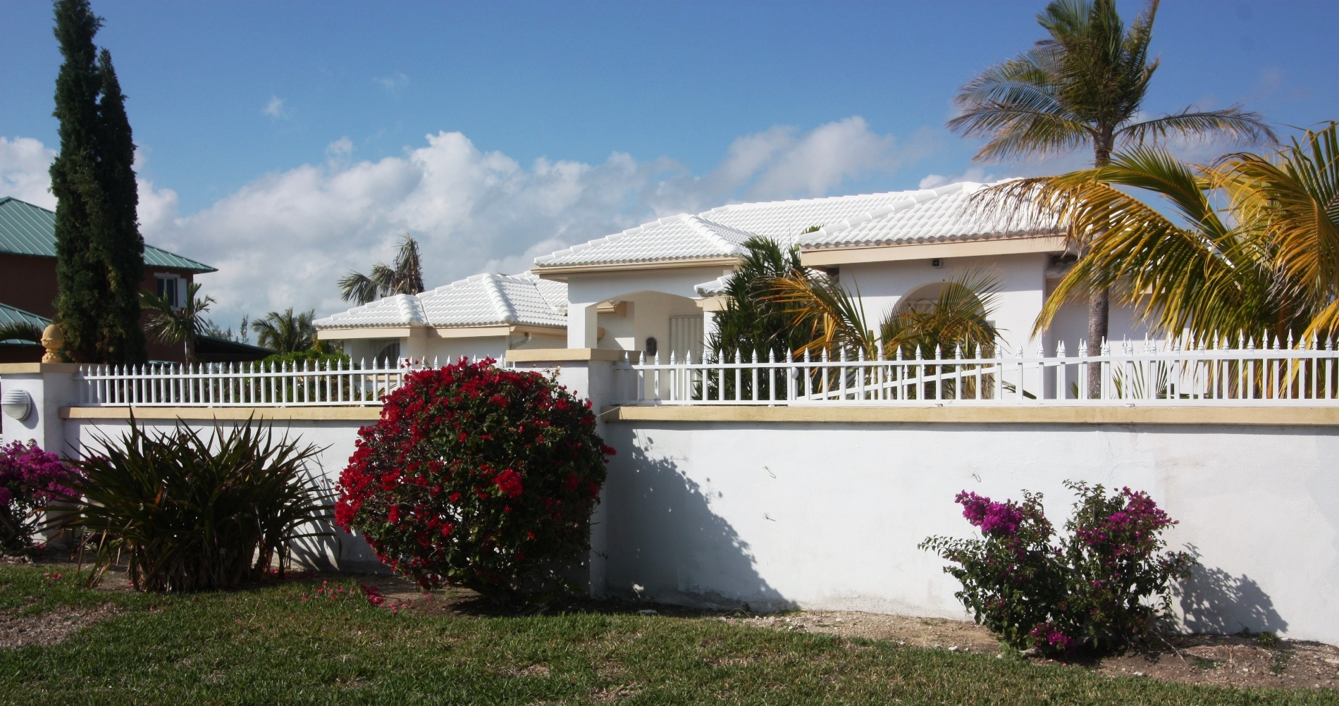 Single Family Home for Sale at Elegant Fortune Bay Point Home in Prestigious Fortune Village Bahamas