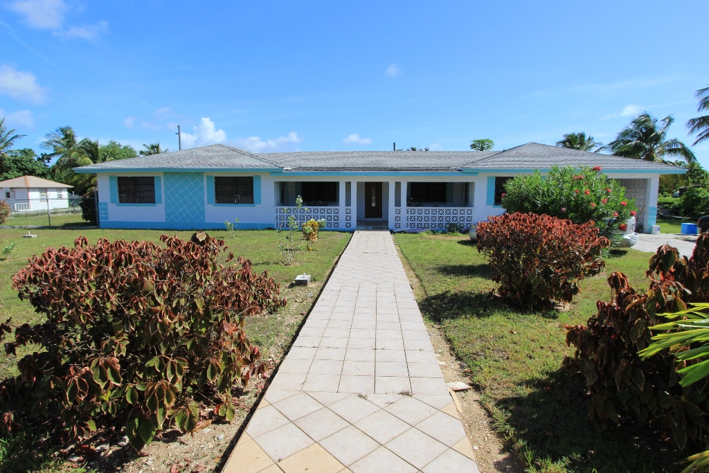 Single Family Home for Sale at Great Investment Opportunity in Crossing Rocks. Crossings Rock, Abaco, Bahamas