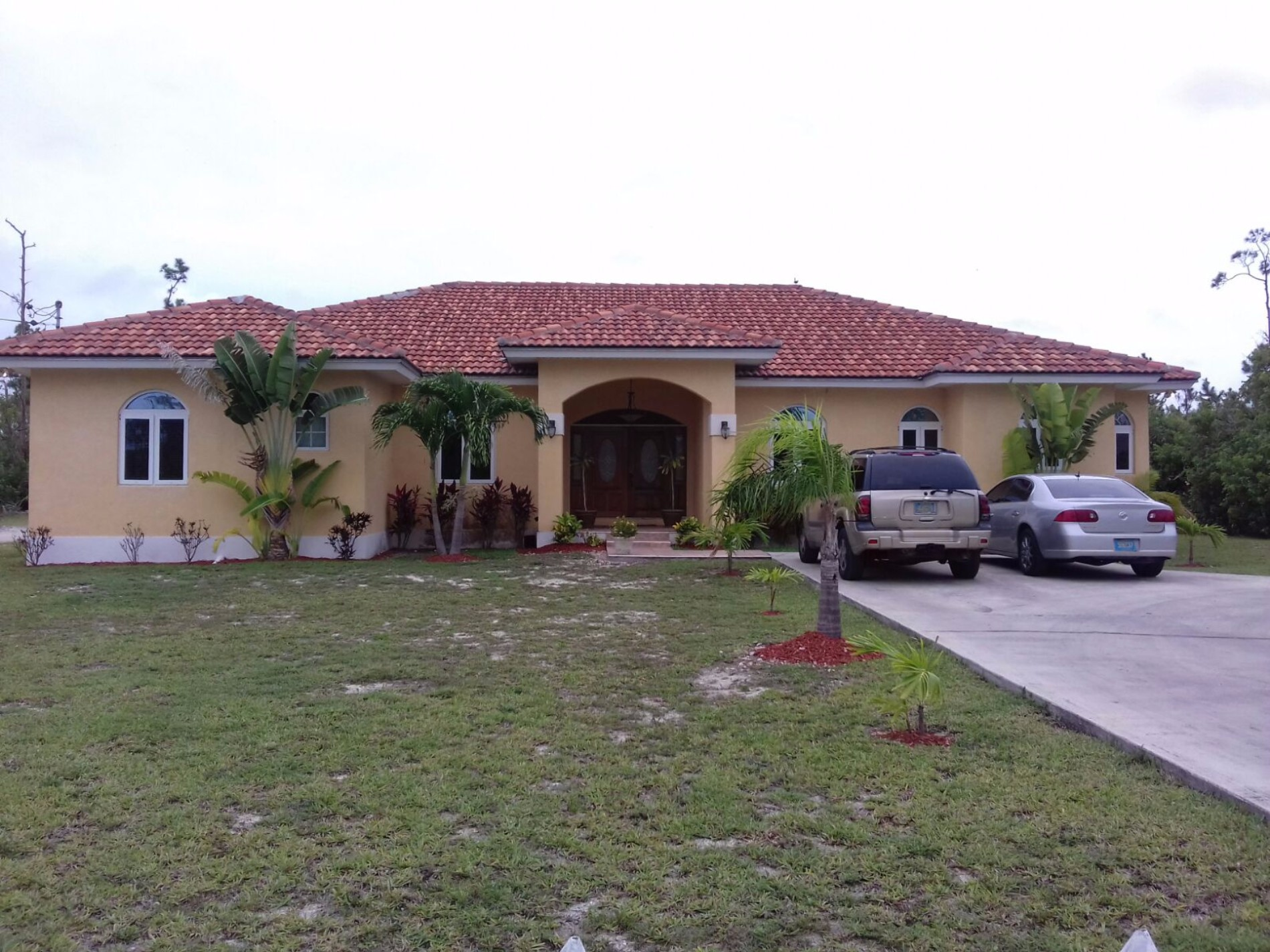 Single Family Home for Sale at Fairly New Home in Lucayan Knoll 3 bedrooms 2 bathrooms - MLS 30400 Lucayan Knoll, Grand Bahama, Bahamas