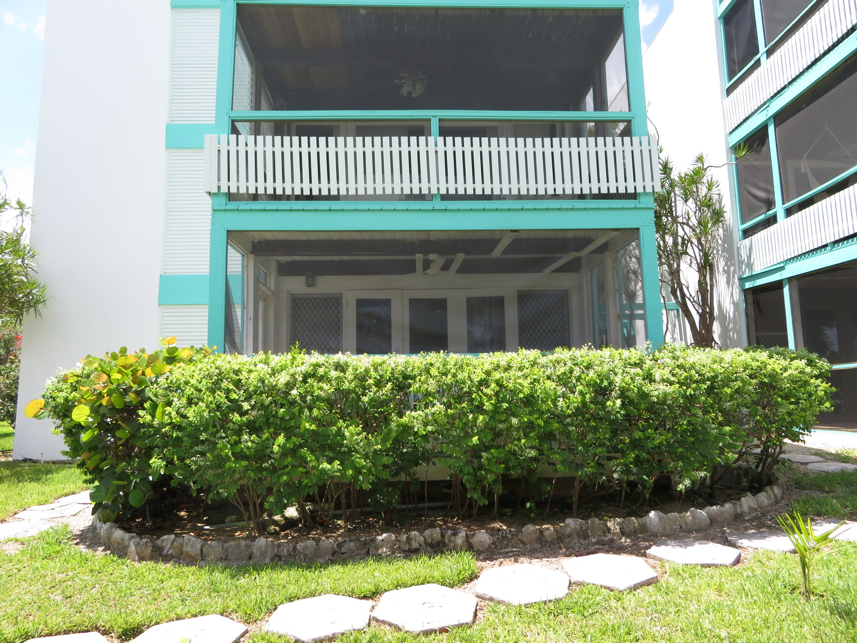 Co-op / Condo for Sale at Cute 2 bedroom apartment with access to Love Beach in Western Nassau Love Beach, Nassau And Paradise Island, Bahamas