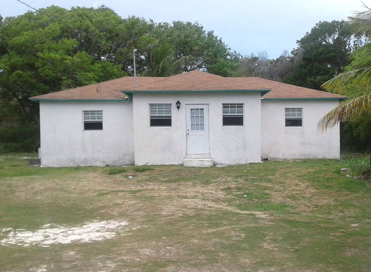 Single Family Home for Sale at 2 bedroom house near the sea on Long Bay Cay, north of Kemp's Bay South Andros Congo Town, Andros, Bahamas