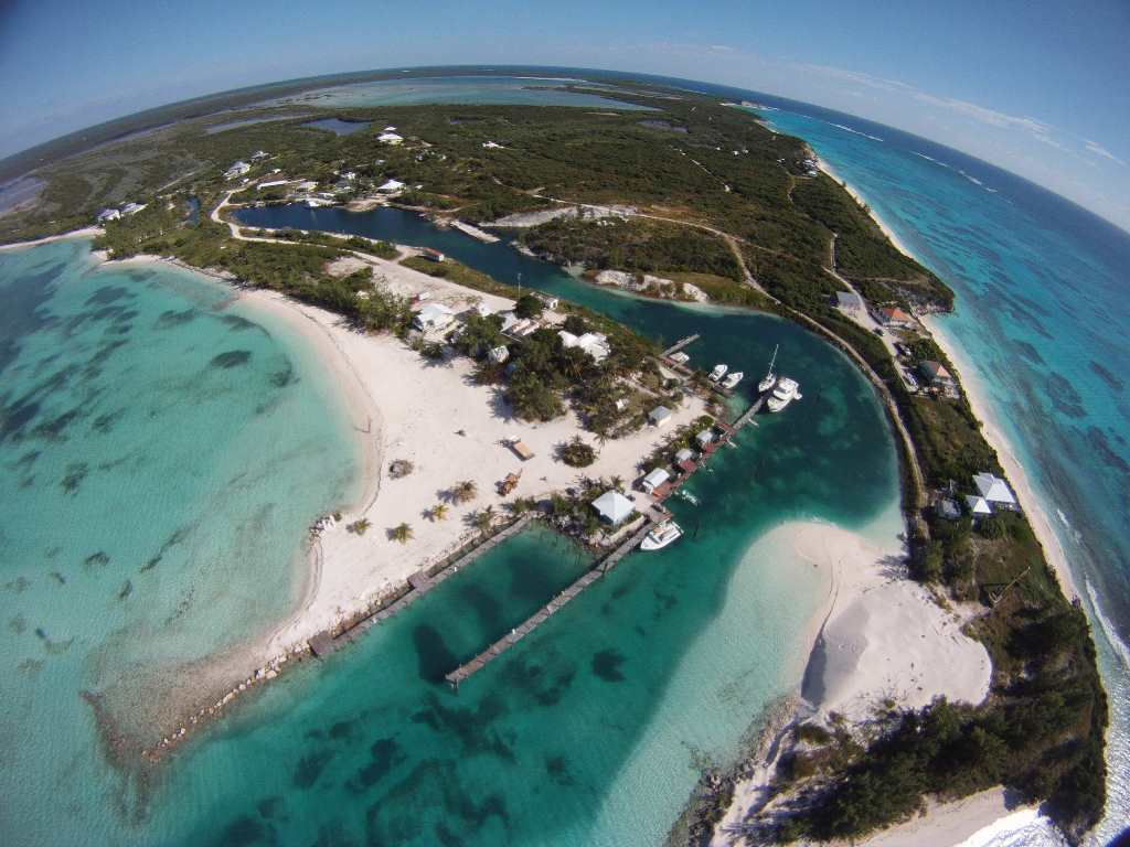 Land for Sale at Peninsula Lot, Over 6 Acres, Salt Pond, Rum Cay MLS:31282 Rum Cay, Bahamas