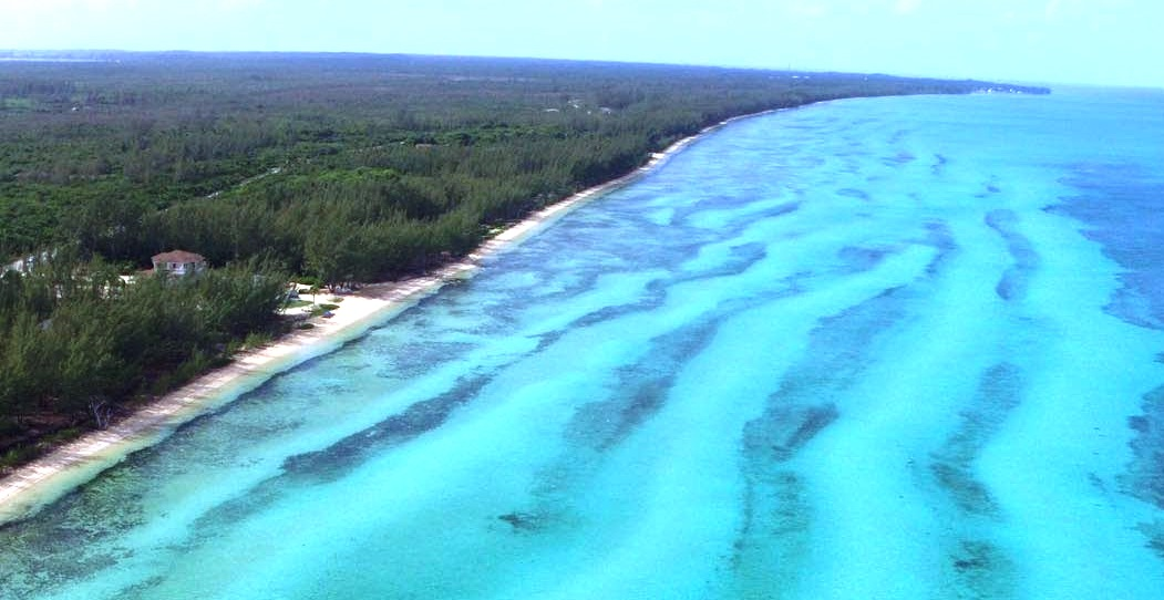 Land for Sale at Amazing Deal on Beachfront Property / MLS31326 Tarpum Bay, Eleuthera, Bahamas