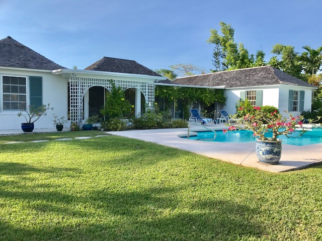 Single Family Home for Sale at Lyford Cay Canal Front House Lyford Cay, Nassau And Paradise Island, Bahamas