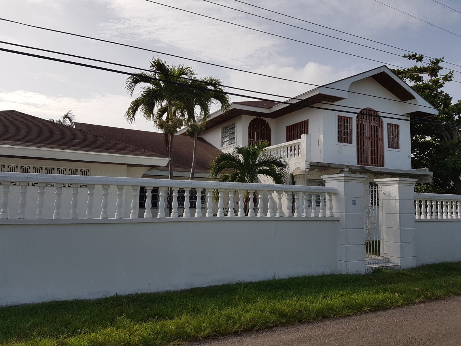 Single Family Home for Sale at Sapphire Ridge Single Family Home Eastern Road, Nassau And Paradise Island, Bahamas
