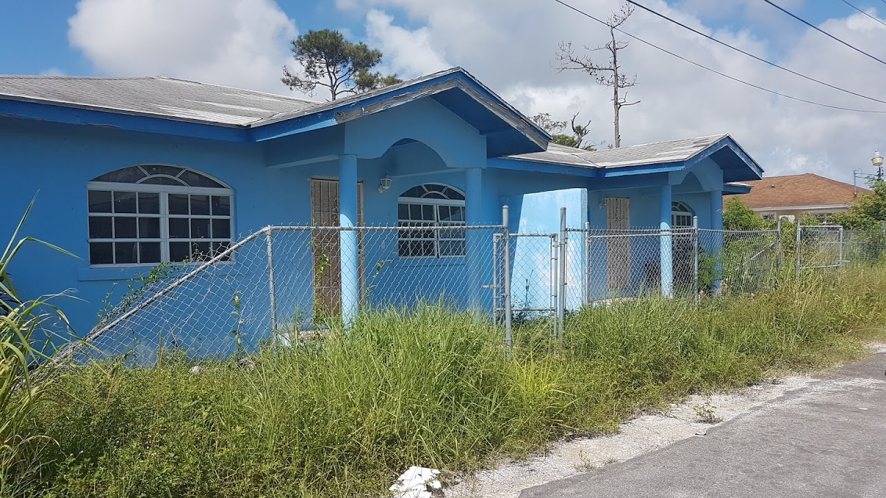 Multi Family for Sale at Flamingo Gardens Fixer Upper Duplex - MLS 31640 Carmichael Road, Nassau And Paradise Island, Bahamas