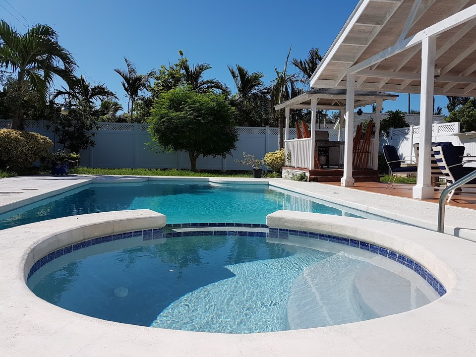Single Family Home for Sale at Well Maintained Sans Souci Home with Pool Eastern Road, Nassau And Paradise Island, Bahamas