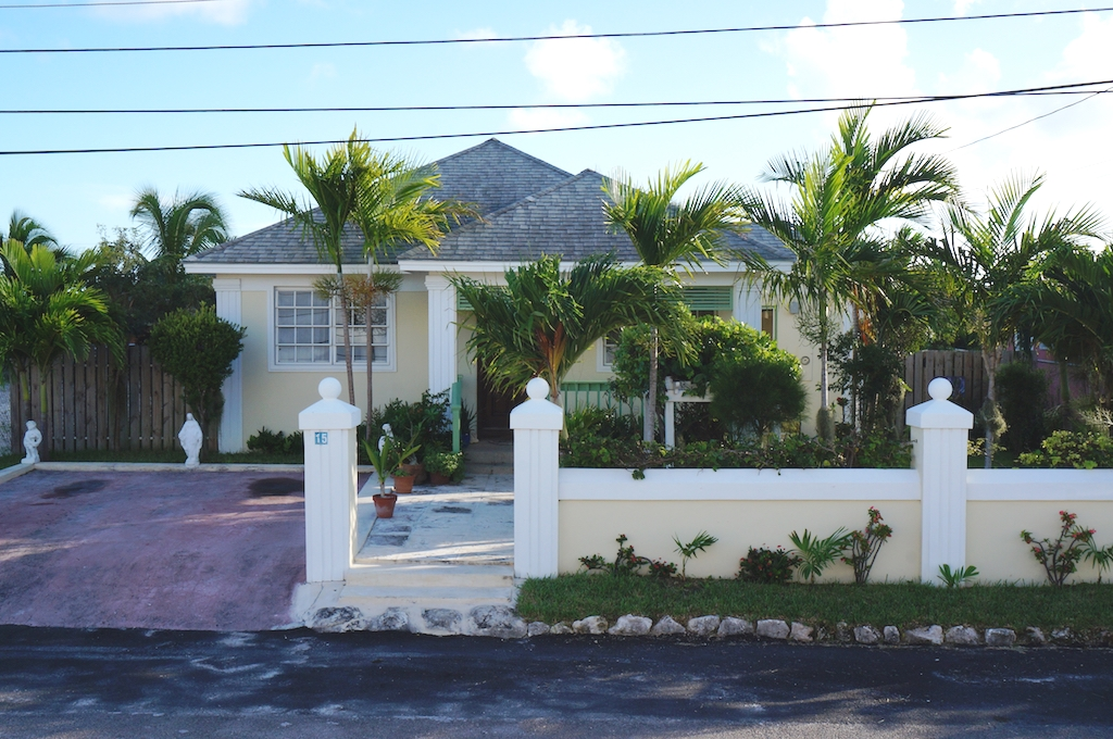 Single Family Home for Sale at Hilltop Hacienda - MLS 31575 Prince Charles Drive, Nassau And Paradise Island, Bahamas