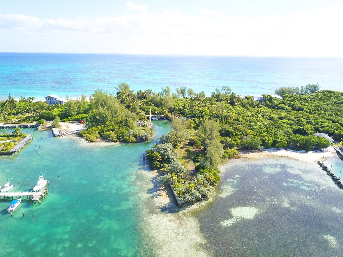 Land for Sale at Pritchard's Point - MLS 31626 Elbow Cay Hope Town, Abaco, Bahamas
