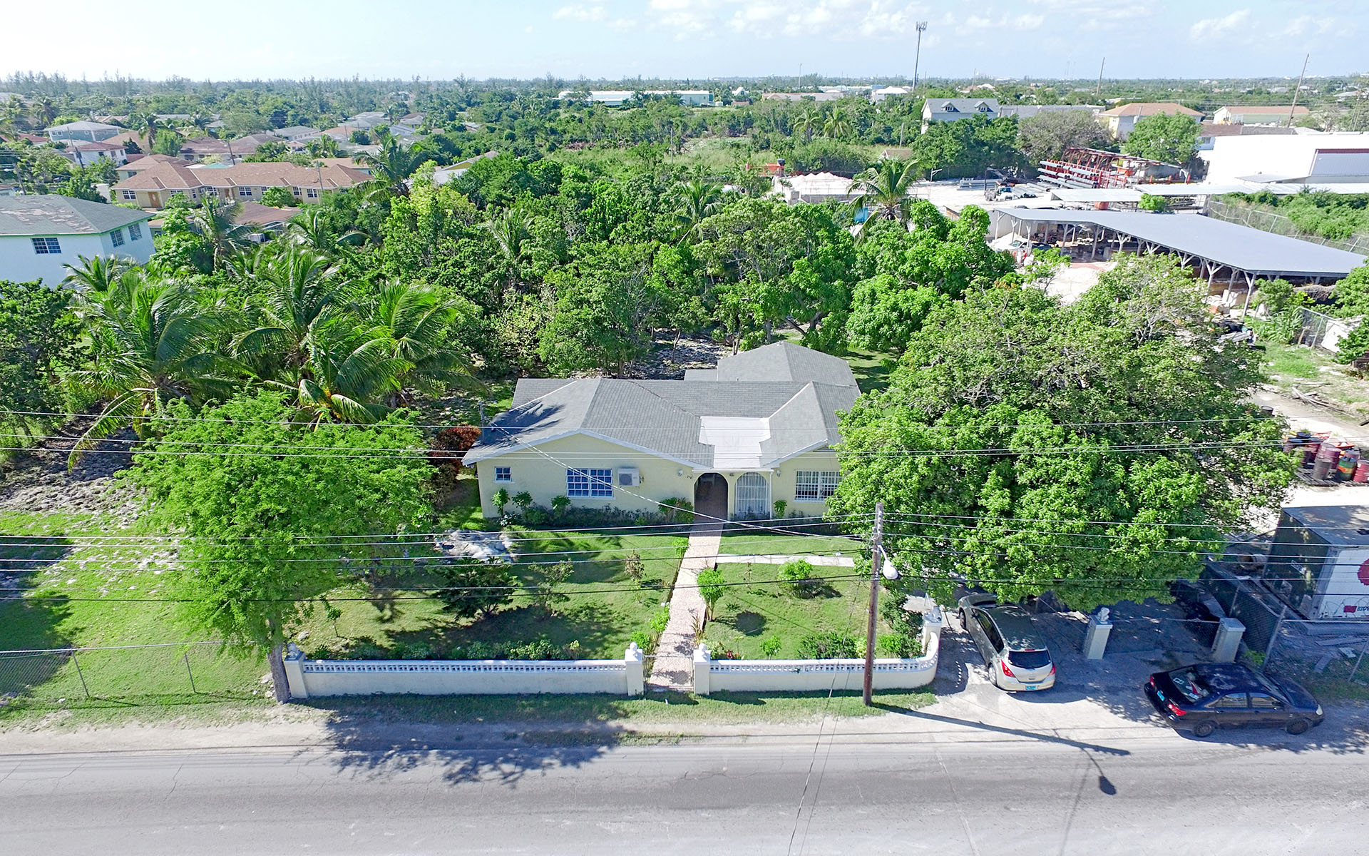 Commercial for Sale at Fox Hill Road Commercial Property & Office Space Nassau And Paradise Island, Bahamas