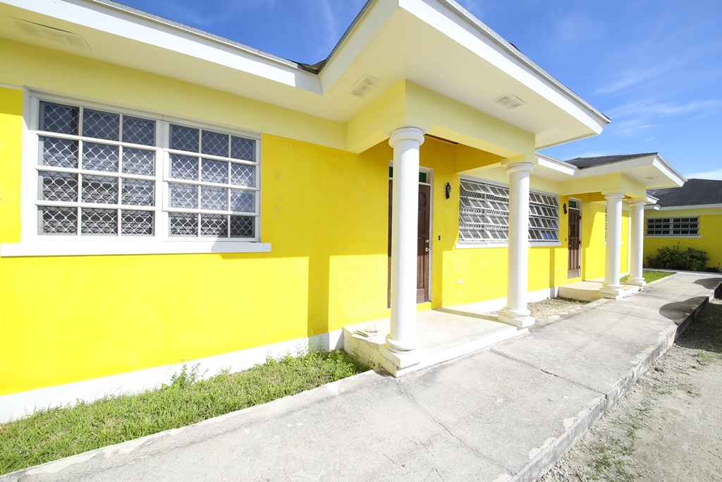 Single Family Home for Sale at Multi-family Estate with House and Duplex, Rocky Pine Rd. - MLS 32317 Gladstone Road, Nassau And Paradise Island, Bahamas