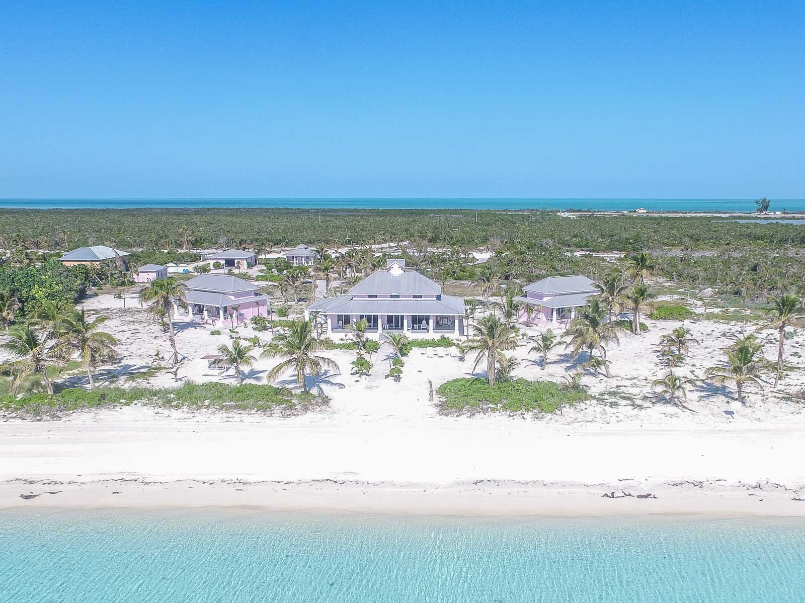 Single Family Home for Sale at Bird's Nest Estate, Chub Cay - MLS 32161 Chub Cay, Berry Islands, Bahamas