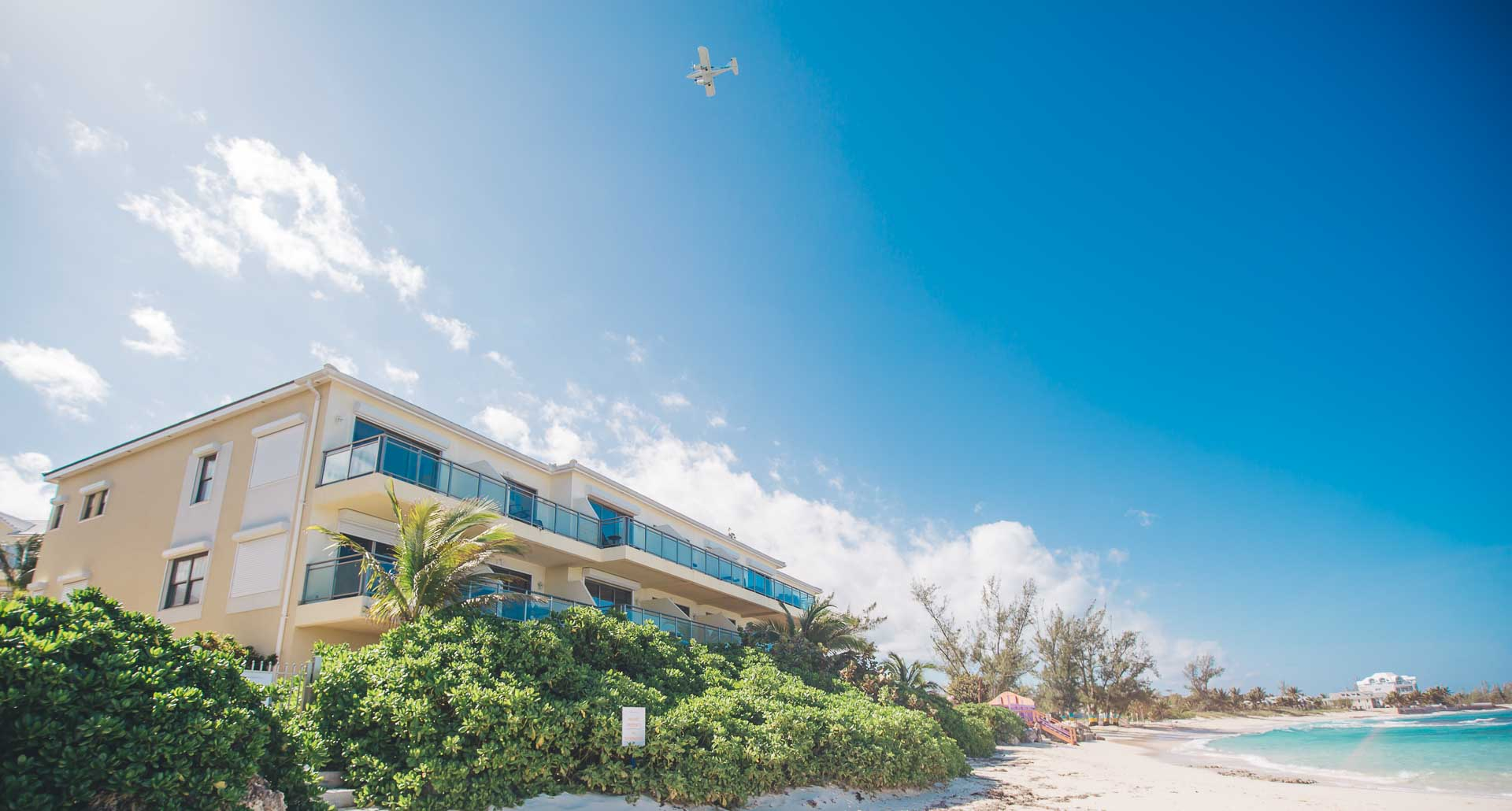 Co-op / Condo for Sale at Beachfront Penthouse in Columbus Cove - MLS 32682 Love Beach, Nassau And Paradise Island, Bahamas