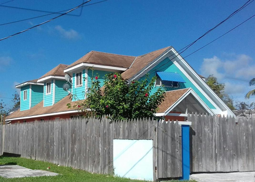 Single Family Home for Sale at Large Lot with Single Family Home - MLS 32486 Nassau And Paradise Island, Bahamas