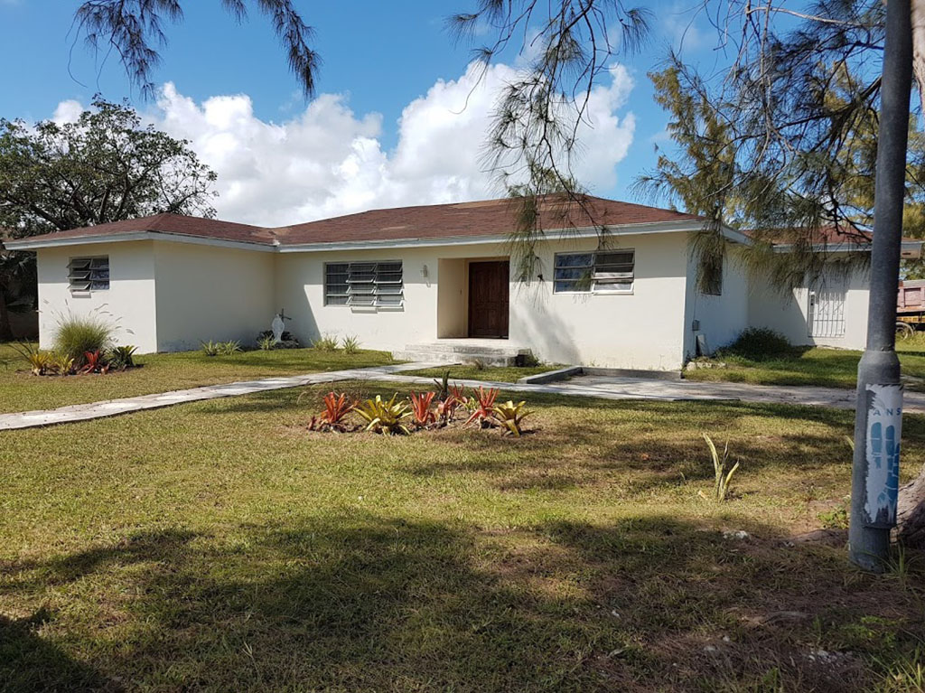 Single Family Home for Sale at Single Family Home in Winton Meadows - MLS 32909 Nassau And Paradise Island, Bahamas