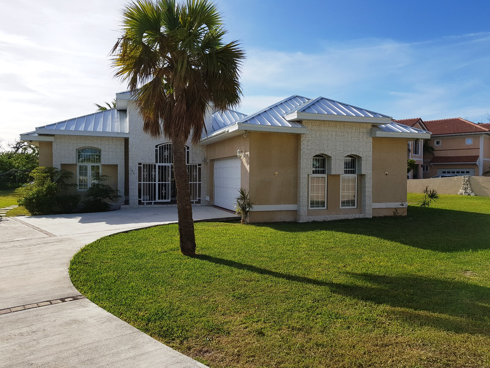 Single Family Home for Sale at Great Home Near the Beach Lucayan Beach, Grand Bahama, Bahamas
