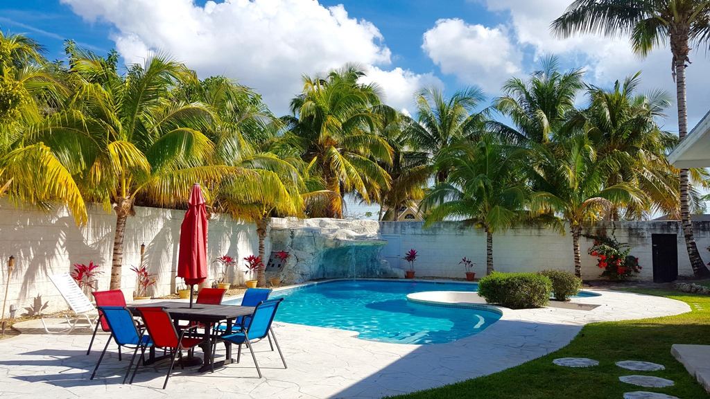 Single Family Home for Sale at The Fun House, Cable Beach - MLS 32863 Cable Beach, Nassau And Paradise Island, Bahamas