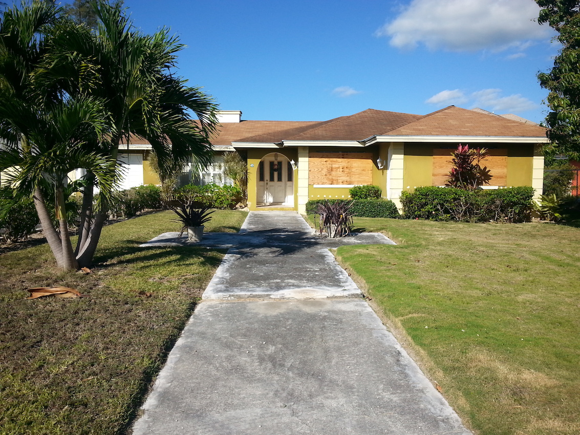 Single Family Home for Sale at Coral Laks Ranch Style Home Coral Harbour, Nassau And Paradise Island, Bahamas