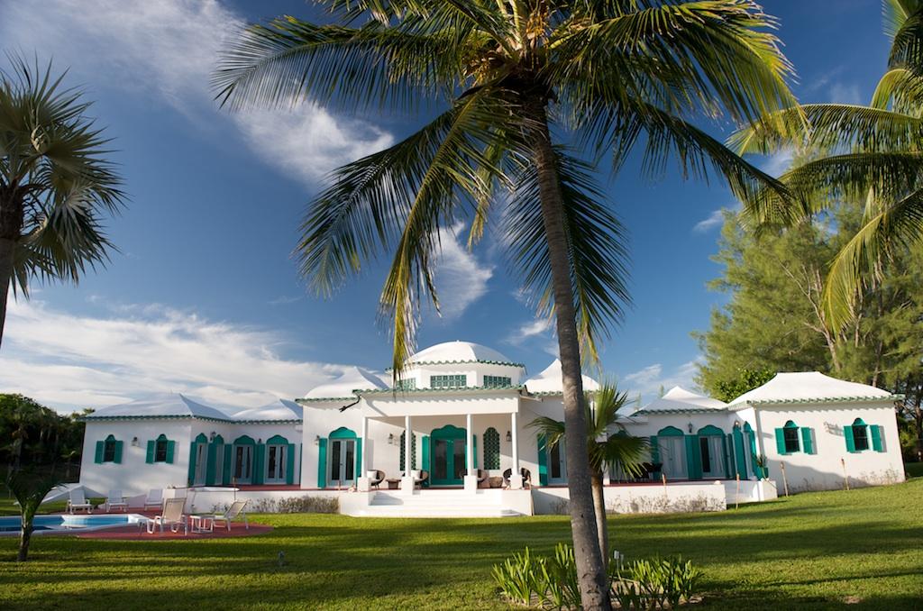 Single Family Home for Rent at Stunning Beachfront Villa Palmetto Point, Eleuthera, Bahamas