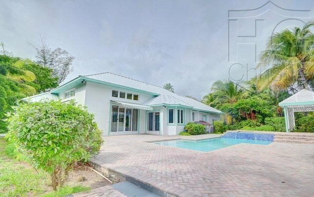 Single Family Home for Rent at Canalfront Paradise Lyford Cay, Nassau And Paradise Island, Bahamas
