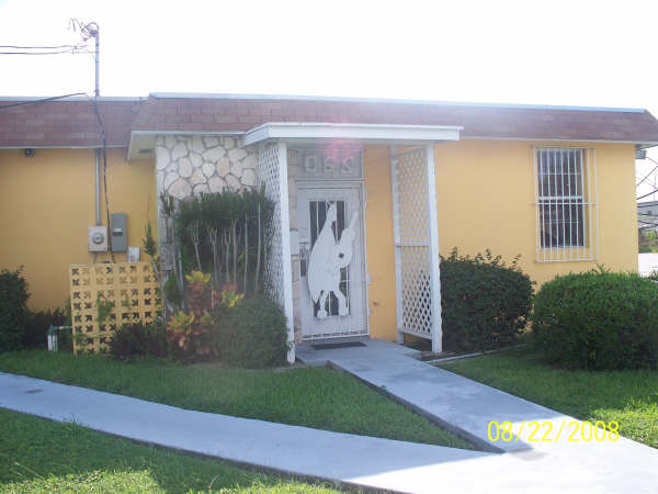 Commercial for Rent at Ideal Office Space - Including Power Civic Industrial Area, Grand Bahama, Bahamas