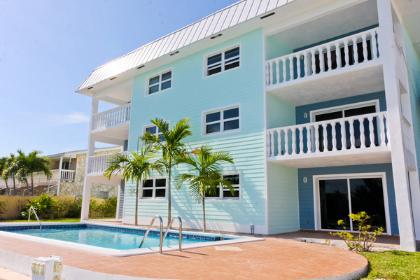Co-op / Condo for Rent at Gorgeous 2 Bed Condo on the Canal Grand Bahama, Bahamas