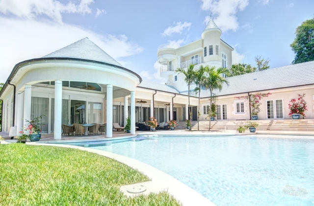 Single Family Home for Rent at Lot #9, Block 13 Lyford Cay, Nassau And Paradise Island, Bahamas