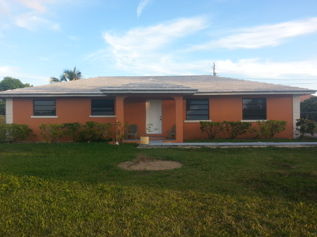 Single Family Home for Rent at Lovely 3 Bedroom Home on Dartmoor Way in Windsor Park Seahorse Village, Grand Bahama, Bahamas