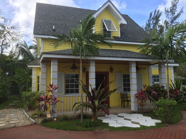 Single Family Home for Rent at Well maintained house in Cable Beach Cable Beach, Nassau And Paradise Island, Bahamas