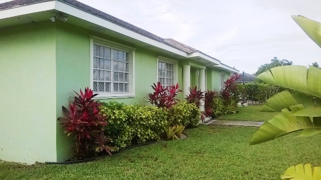 Single Family Home for Rent at Family Home in Imperial Park Sea Breeze, Nassau And Paradise Island, Bahamas