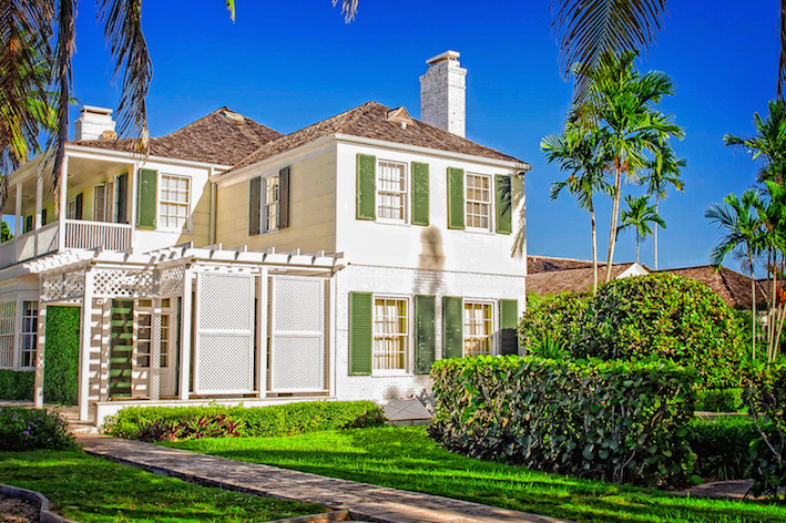 Single Family Home for Rent at Magnificent Beachfront Estate in Nassau West Bay Street, Nassau And Paradise Island, Bahamas