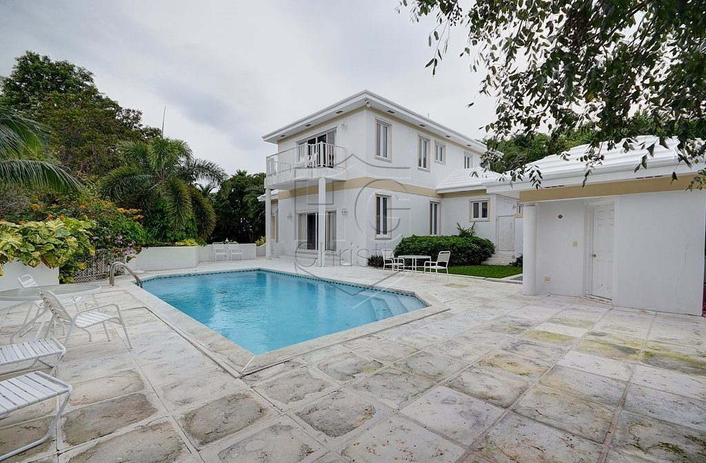 Single Family Home for Rent at Lyford Cay Family Home Lyford Cay, Nassau And Paradise Island, Bahamas