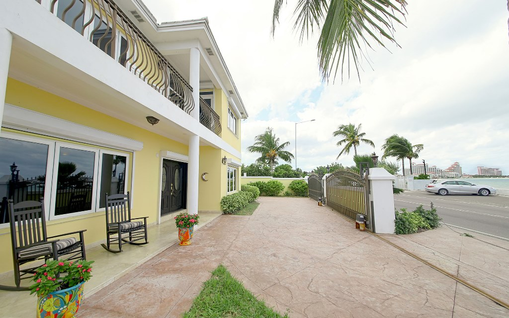 Single Family Home for Rent at Sundance House 293 West Bay Street Cable Beach, Nassau And Paradise Island, Bahamas