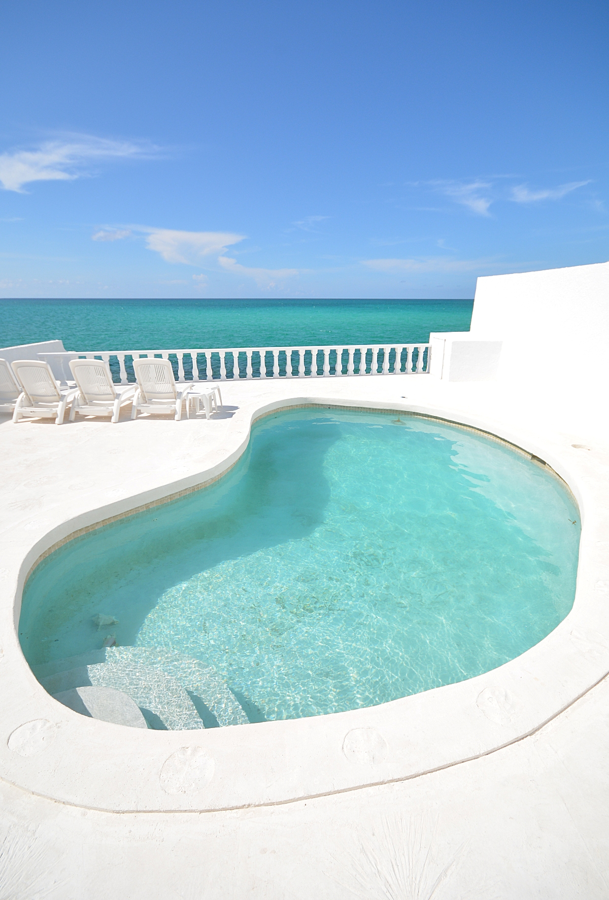 Single Family Home for Rent at Caprice, Waterfront Home in Cable Beach with pool Caprice, Cable Beach, Nassau And Paradise Island Bahamas