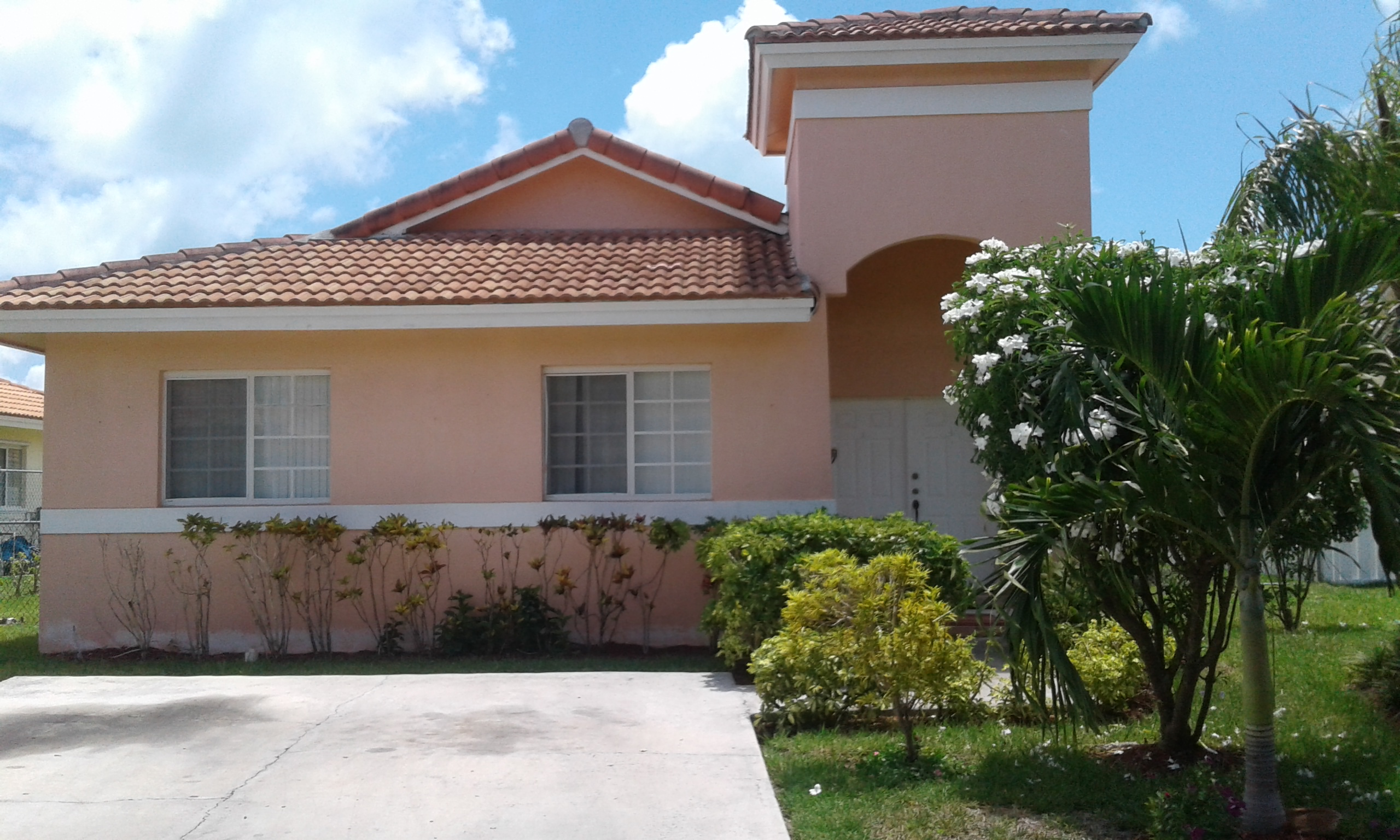Single Family Home for Rent at # 37 Crystal Close West Treasure Cove Treasure Cove, Yamacraw, Nassau And Paradise Island Bahamas